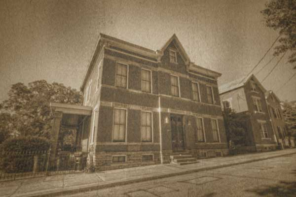 A street view of Sedamsville Rectory in Cincinnati, Ohio – a rumored demonic haunting